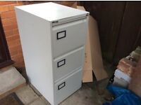 Tidy three drawer lockable filing cabinet with key