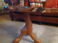 Side table or ornamental table
