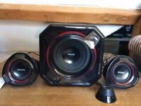 Philips SPA5300 Multimedia Speakers 2.1 - 2 speakers & 1 subwoofer, fixed remote