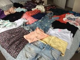 Bag of ladies clothes size 8 & 6. Bundle Includes Hollister, Zara, New Look, Laura Ashley & more.