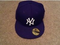 NY Yankees snap back baseball cap - worn a couple of times