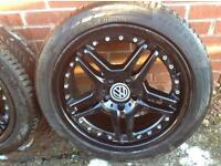 Genuine Mercedez Benz Alloy Wheels. 18inch with tyres