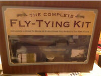 Brilliant Fly tying starter kit and booklet - Unused