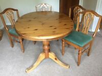 Beautiful Ducal dining table and 6 chairs
