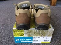 Ladies Scarpa Cyrus Walking Boots, size 5, very little used. MAKE ME AN OFFER.