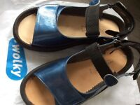 Wolky patent leather sandal size 6 (39). Worn 3 times with orthotics. Original insoles as new