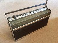 Grundig Melody Boy 500 (vintage portable transistor radio 1970's)
