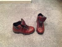 Peter Storm size 8 walking boots