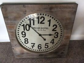 STUNNING EXTRA LARGE WALL CLOCK : BARKER STONEHOUSE : NEW CONDITION