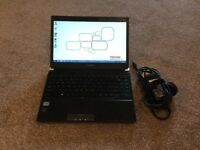 Toshiba Portege R930-1CW Laptop with case - windows 7 intel i3-3120M 4GB DDR3 RAM 1600MHZ