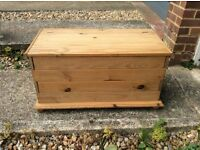 Pine Toy Box / Blanket Box