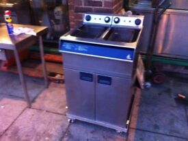 TWIN TANK FRYER CATERING COMMERCIAL FAST FOOD RESTAURANT KITCHEN