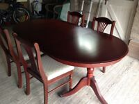 Mahogany extendible table and chairs