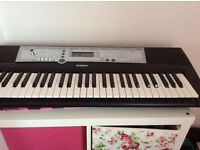 EXCELLENT CONDITION ELECTRIC KEYBOARD