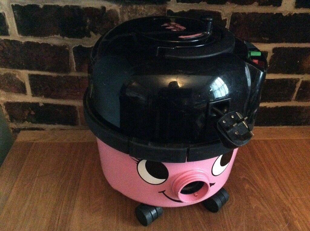 Henrietta Vacuum Cleaner
