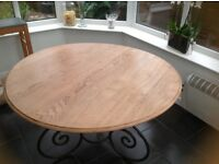 Gorgeous Perfect condition John Lewis dining table - cost me £800