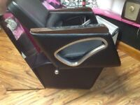 Leather chair backwash ex condition