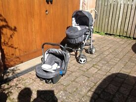 Silver Cross 3D pram/buggy and car seat, complete and good condition
