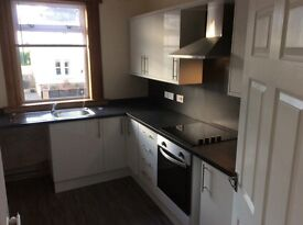 Two 2 Bed Ground Floor Flat - recently renovated, central location