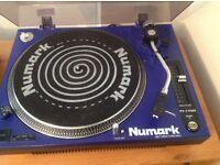 Numark TT-1700 belt drive turntable inc. Stanton cartridge and slip mats
