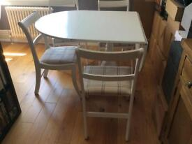 Dining Room Table (folding) with 4 chairs