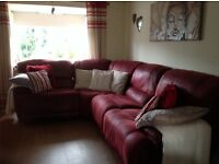 """Harvey's""4-6 seater reclining corner suite only 18 mths old burgundy/red colour"