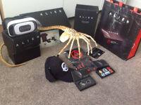 Alien Covenant A Box FACEHUGGER/HAT/PINS/BOTTLE OPENER/VR VIEWER/T-SHIRT BUNDLE