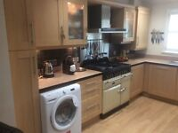 Fully fitted kitchen used condition buyer to dismantle and collect