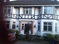 5/7 bedroom house in hooton