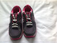 Nike Dual Fusion running shoes uk size 3 grey and pink