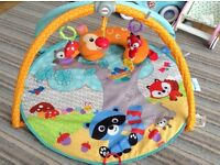 Fisher Price Baby Moonlight Meadow Deluxe Baby Gym / Activity Gym