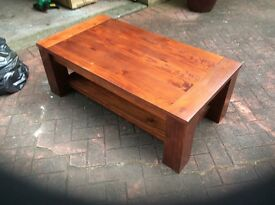 Wooden coffee table, excellent condition