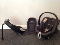 Baby car seat with newborn insert plus isofix base