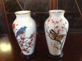 2 large Franklin vases