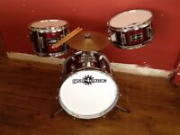 Junior drum kit (Not a toy)