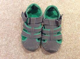 Boys size 10 green/grey regatta summer sandals, not worn much. £6