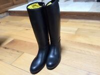 Tally Ho long riding boots, black size 3.5. Used in excellent condition