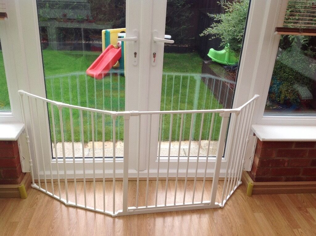 Extendable Extra Strong Stairgate For Wide Doorway Patio Door Or