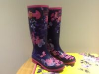 Joules French Navy Floral, Size 6, Ladies Wellington Boots, New with box