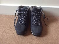 Timberland Boots (size 4.5)