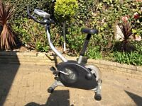 Exercise bike in very good condition, buyers collects £80