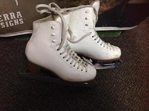 Jackson Classique Figure Skates (sku: Z14080)