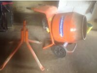 Belle cement mixer, 110v, extension lead and transformer included, used but perfect working order