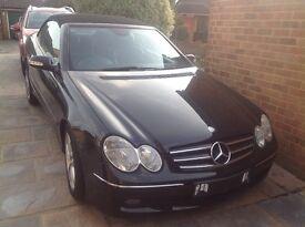 Mercedes 200CLK Avantgarde Kompressor AUTO convertible. Colour Black