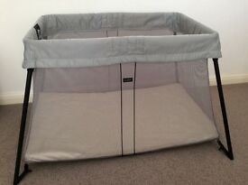 Baby Björn travel cot