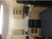 London City , LSE & UCL Universities Lodger Wanted Short Term in 2 bedroom Flat.