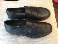 New boys leather slip on school shoes Rohde make quality leather. UK size 6
