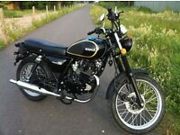 February Offer Green or Black Herald Classic 125cc Great Looking Retro bike NOW £1,500
