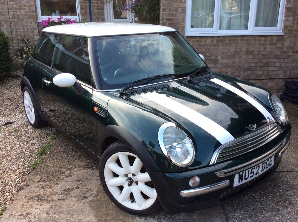 bmw mini cooper 2003 british racing green metallic chilli pack alloy wheels in thatcham. Black Bedroom Furniture Sets. Home Design Ideas