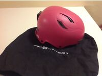 Women's ski helmet, Sweet Protection, worn only half a day. M/L